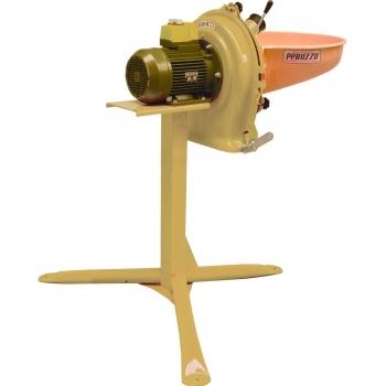 Moara C17 R17 pentru cereale si stiuleti, trifazic, 10Cp, 12 ciocanele, 3 site 2-4-8mm, 300-1300kg/ora