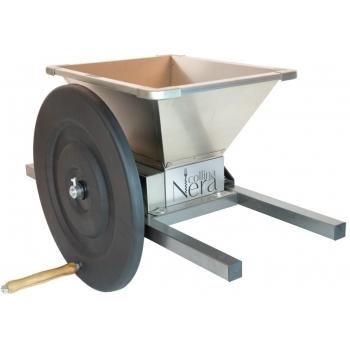 Zdrobitoare  de fructe manuala LFCSH,  productie 300-500 kg/h, cuva din aluminiu inox