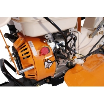 Motosapa O-Mac New 1000-S cu far + roti de cauciuc+plug+rarita, benzina, putere 8 Cp, latime de lucru 55-90 cm, pornire la sfoara, 2 viteze inainte + 1 inapoi #10
