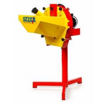 Moara Sezer pentru cereale si stiuleti, monofazic, 3Cp, 9 ciocanele, 4 site 4-6mm, productivitate 350kg/ora